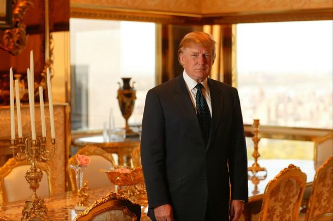 """Czwórka pokaże głośne reality-show """"Trampolina"""" z Donaldem Trumpem w roli gospodarza (wideo)"""