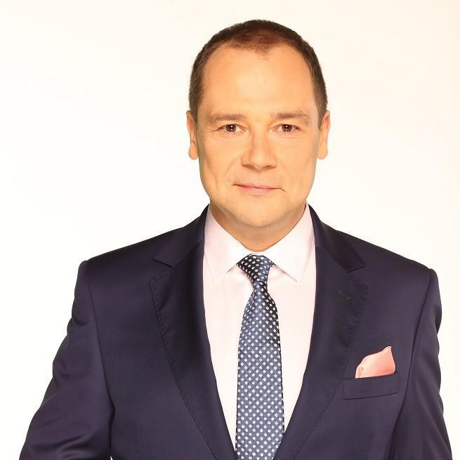 """Jarosław Kulczycki poprowadzi program """"Super temat"""" w Nowa TV. Emisja od 8 marca"""