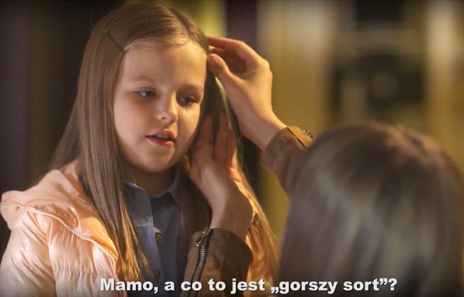 Dziennikarze o spocie PO z dzieckiem promującym Marsz Wolności: skandaliczny czy skuteczny? (wideo)