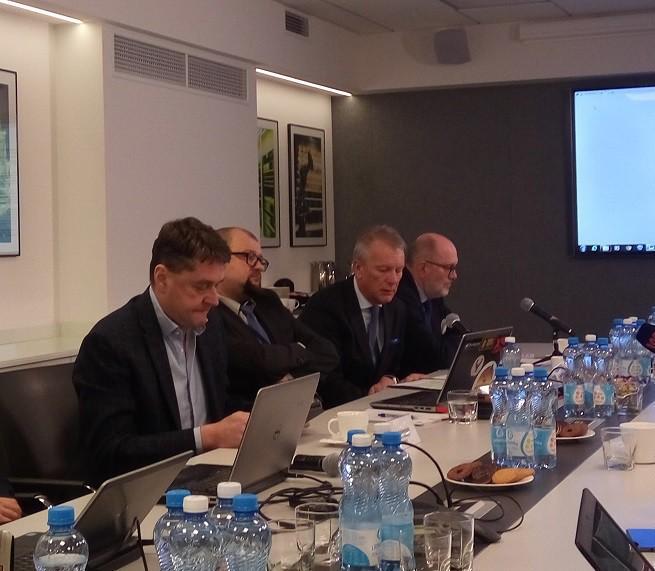 Przedstawiciele Telewizji Polsat na spotkaniu  dziannikarami
