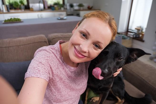 Fundacja Viva! w kampanii programu Adopciaki.pl uświadamia skalę bezdomności zwierząt