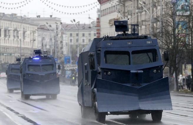 Zatrzymani dziennikarze TV Biełsat zwolnieni wkrótce po apelu polskiego MSZ