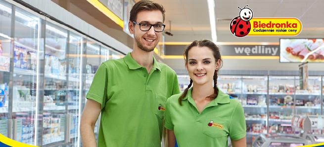 Biedronka reklamami szuka nowych pracowników, oferuje do 3 tys. zł brutto