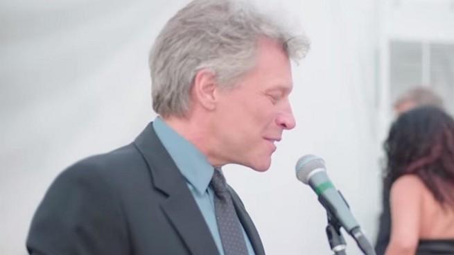 Bon Jovi tworzy własną markę wina Diving Into Hampton Water