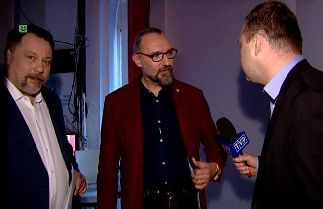 Od lewej: Marcin Celiński, Mateusz Kijowski, Klaudiusz Pobudzin, fot. TVP1