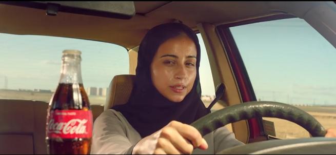 Coca-Cola odpowiada reklamą na zniesienie zakazu prowadzenia aut przez Saudyjki