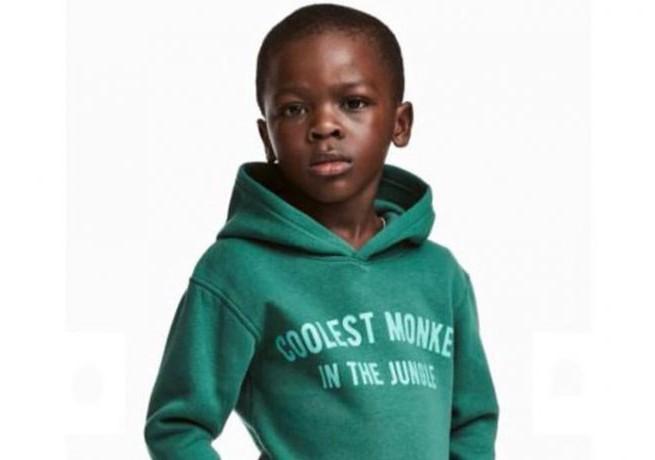 """H&M przeprasza za reklamę z czarnoskórym chłopcem w bluzie z napisem """"Coolest Monkey In The Jungle"""""""