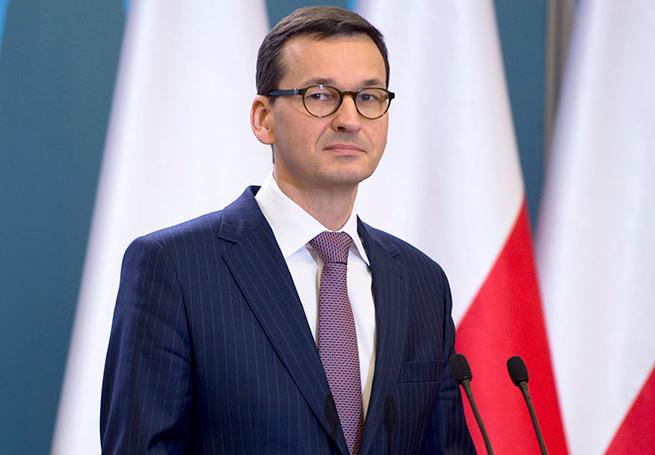 """Premier Mateusz Morawiecki nie ogląda telewizji. """"To co tam pokazują, to nie zawsze jest prawda"""""""