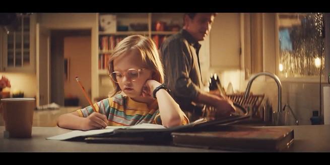 Niezwykle twórcza i pełna pomysłów Molly reklamuje General Electric (wideo)