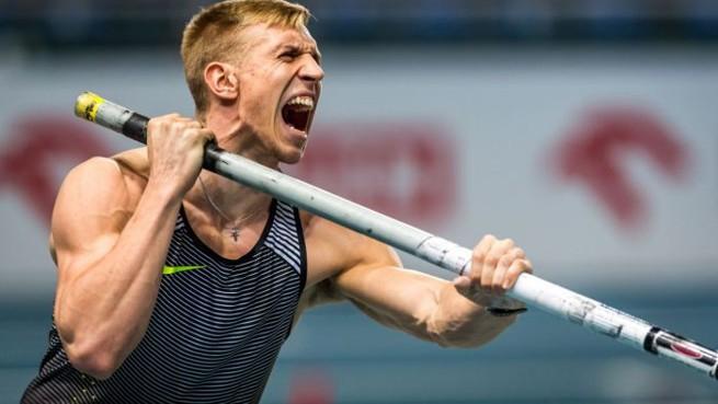 Piotr Lisek. Foto: PAP / TVP