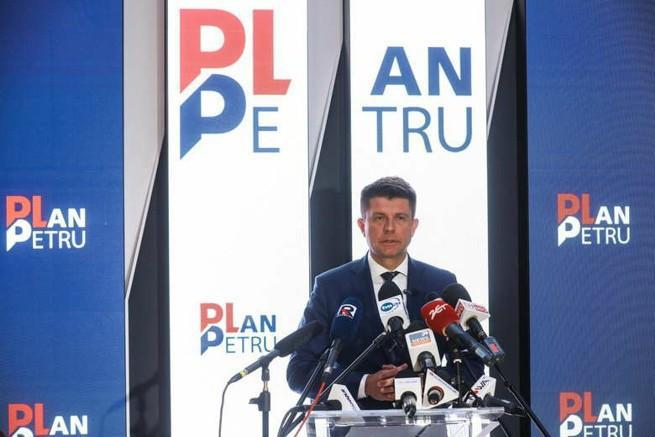 Plan Petru: za wcześnie po porażce Ryszarda Petru w Nowoczesnej, to fochy urażonego mężczyzny? (opinie)