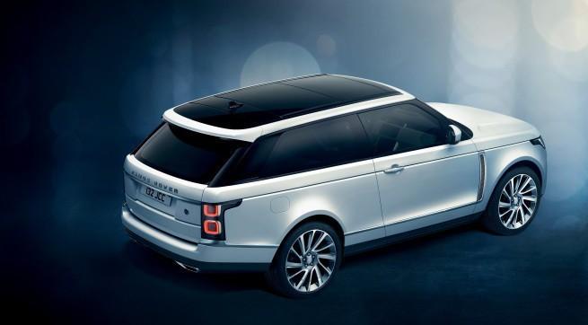 Land Rover na Geneva Motor Show 2018: Range Rover SV Coupé w 999 egzemplarzach (wideo)