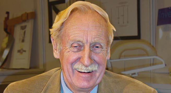 """W wieku 80 lat zmarł Trevor Baylis, wynalazca """"radia na korbkę"""""""