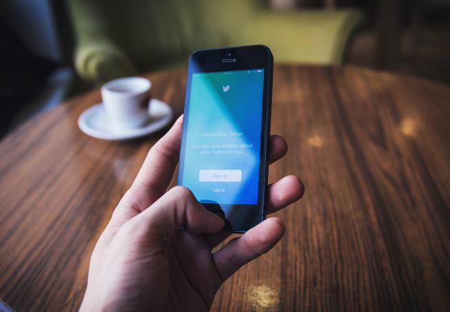 Branża social media i dziennikarze krytycznie o pomyśle Twittera zwiększenia limitu znaków