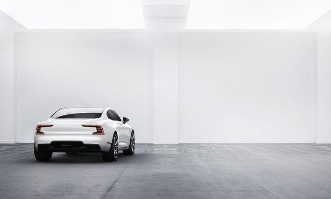 Volvo przedstawia hybrydowy model Polestar 1 dostępny tylko w subskrypcji