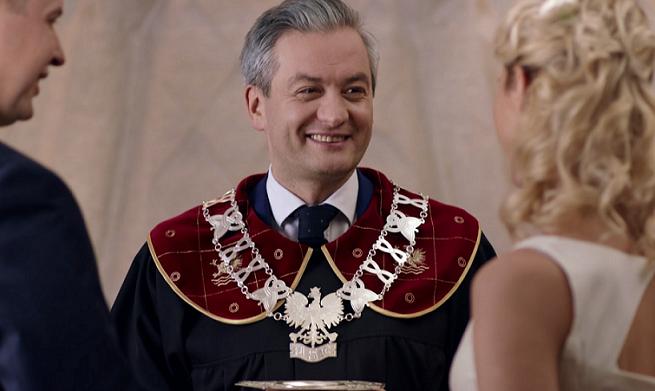 Kadr z Robertem Biedroniem w reklamie Wirtualnej Polski
