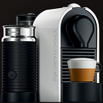 Ekspresy UMilk Nespresso reklamowane eventowo
