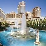 Elton John zamieszka na stałę w Caesars Palace w Las Vegas