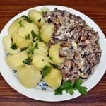 Kuchnia regionalna ważna dla Polaków podczas turystycznego wyjazdu