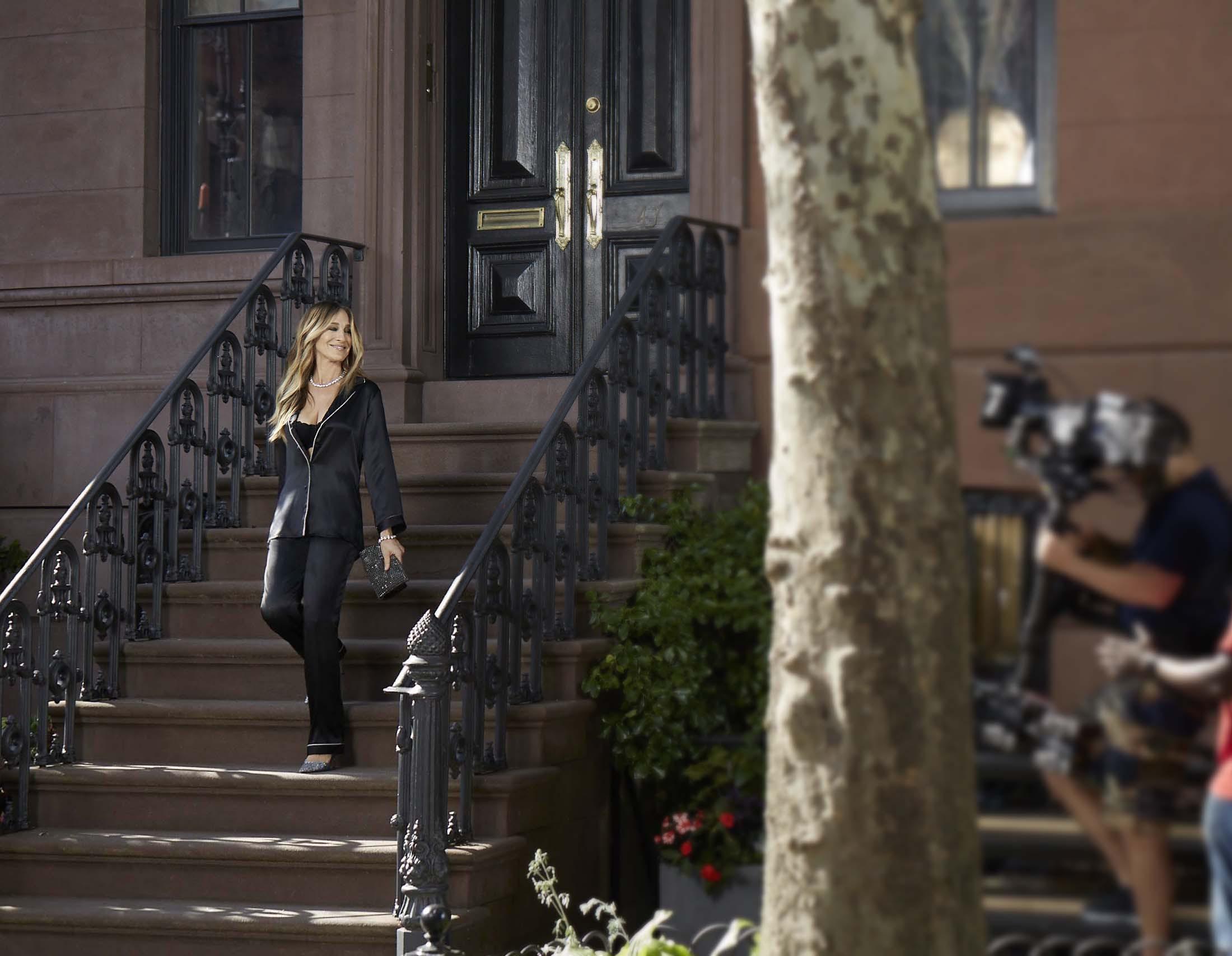 """5604838a2367ce Start kampanii zbiegł się w czasie z 20. rocznicą emisji pierwszego odcinka  serialu """"Sex w wielkim mieście"""", w którym Parker zagrała jedną z głównych  ról."""
