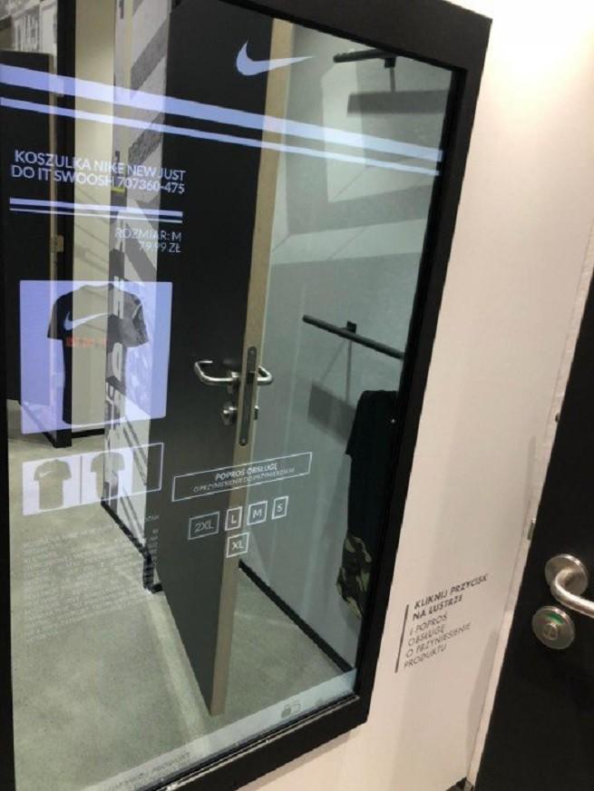 buy online da954 f84cd Dzięki zastosowaniu lustra w przymierzalni klient nie musi wychodzić z  przymierzalni po inny rozmiar lub pasujący dodatek. Z kolei sklep dzięki  temu, ...