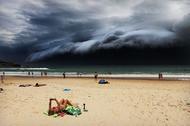 rohankelly-stormfrontonbondibeachjpg_1455798733.jpg